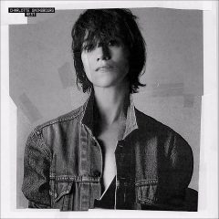 On aime: Charlotte Gainsbourg – Sylvia Says